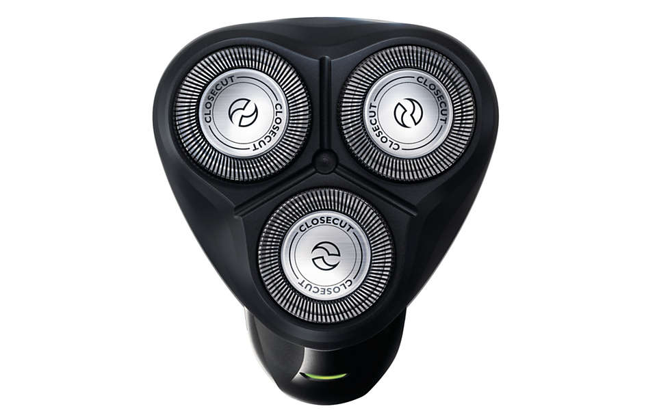 Philips AquaTouch Electric Shaver Wet & Dry AT610