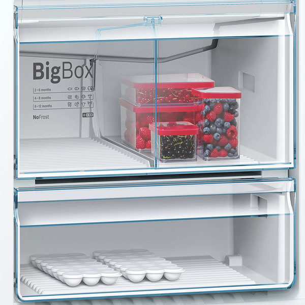Bosch Serie 6 free-standing fridge-freezer with freezer at bottom 186 x 75 cm Stainless steel (with anti-fingerprint) KGN76DI30M