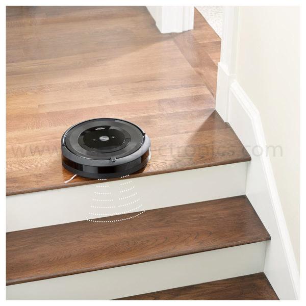 iRobot Vacuum Cleaner Roomba E5 (E515840)